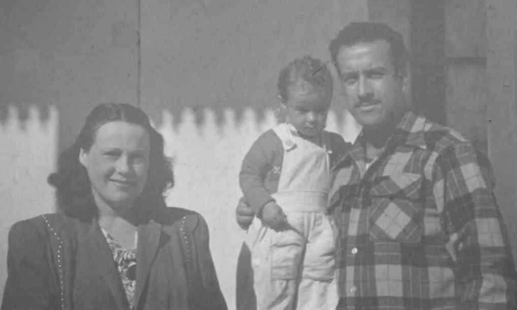Bertha Brown Navas, Ana Lucia Navas, and Everardo Navas c.1948